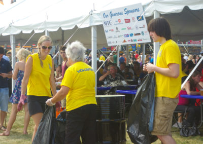 whitby-ribfest-volunteers-1-13